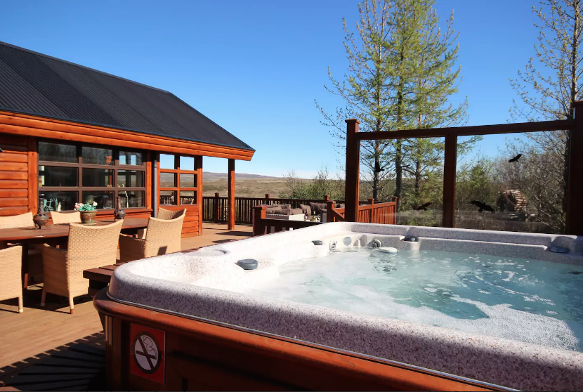 Outstanding Cabins With Hot Tubs In Iceland Are The Way To Stay Download Free Architecture Designs Grimeyleaguecom