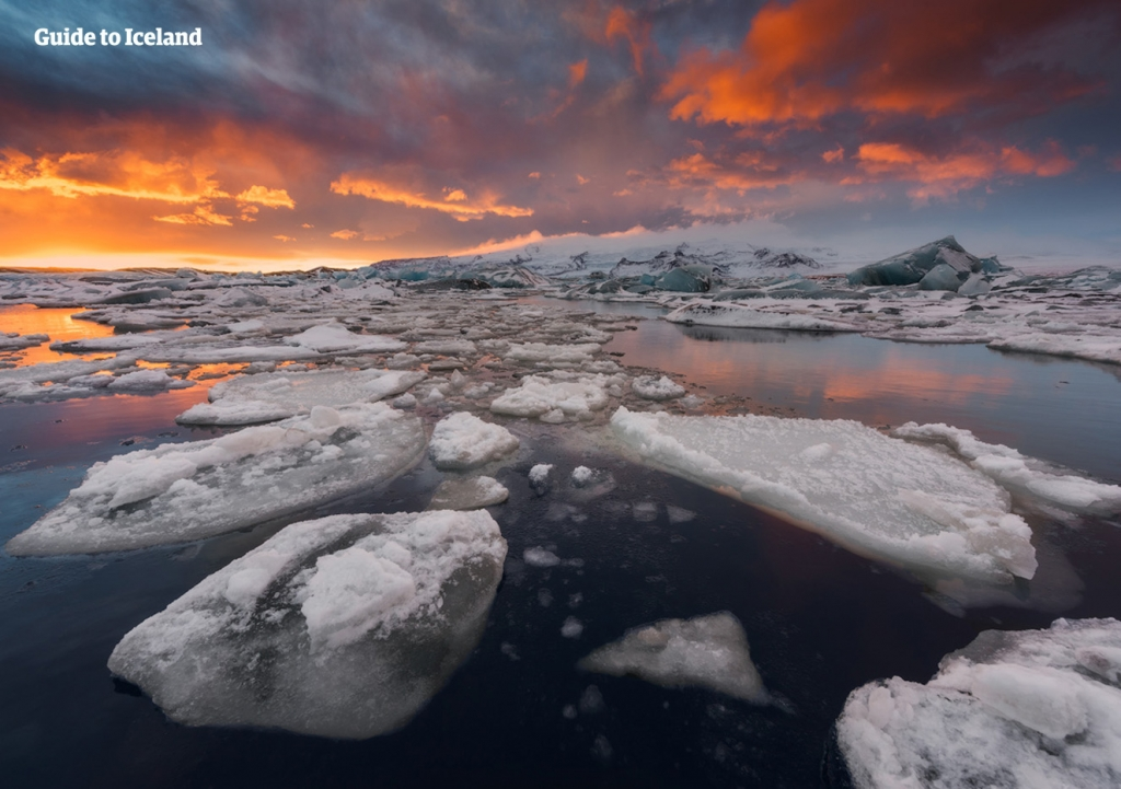 Jökulsárlón is truly a marvel of nature.